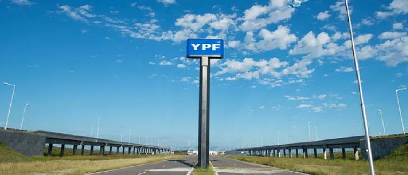YPF subió sus combustibles un 3,5%