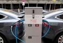 Autos eléctricos: acordaron la instalación de una fábrica de baterías en Jujuy
